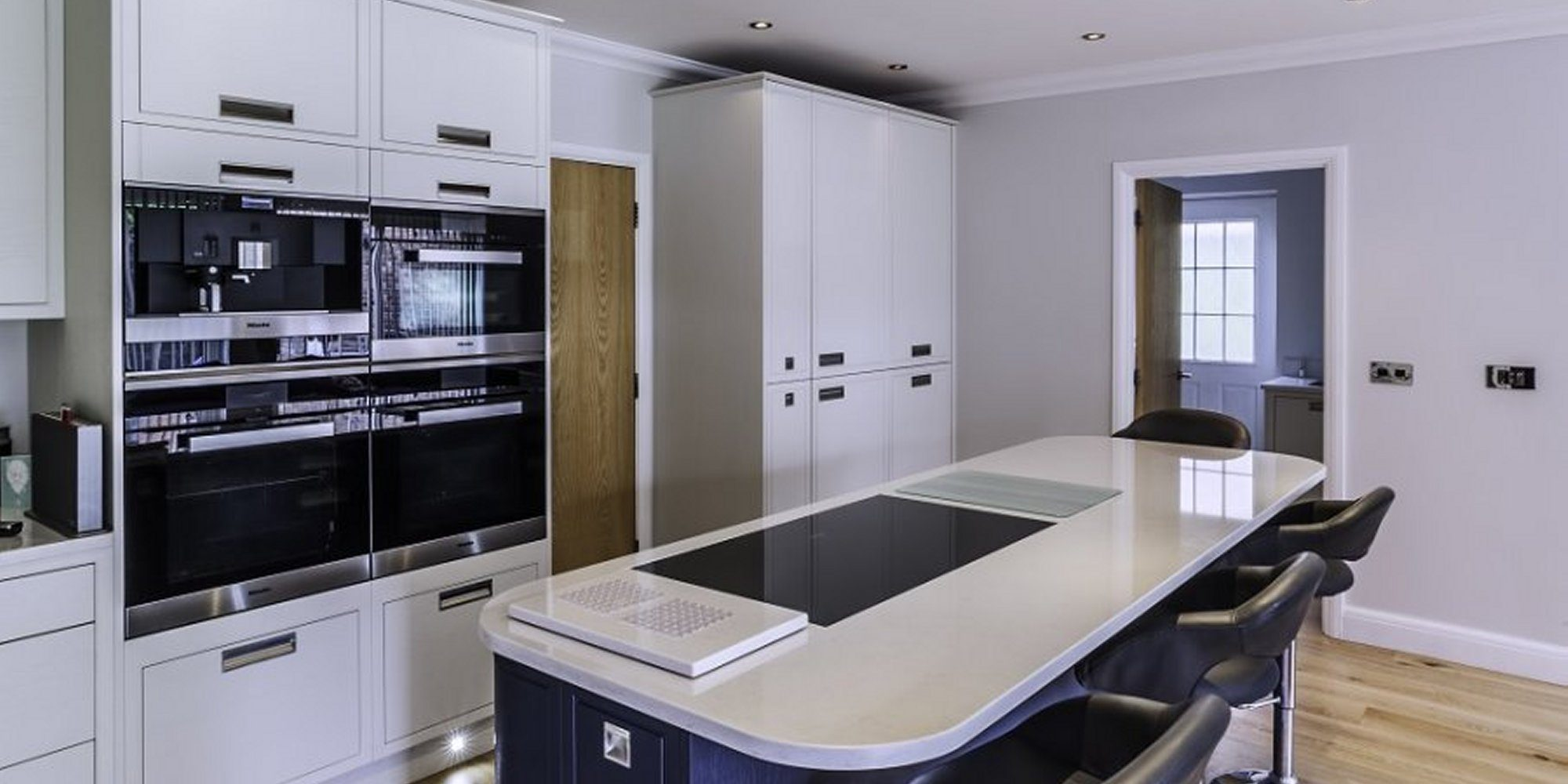 Contemporary Design Gallery – Hutton Kitchens